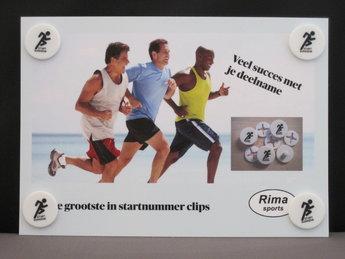 Startnummer clips 4 stuks op een standaard kaart