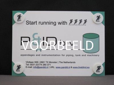 Standaard set startnummer clips 4 stuks op kaart met eigen ontwerp.